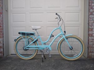 Electra Townie Go electric peddle assist bike for Sale in Federal Way, WA