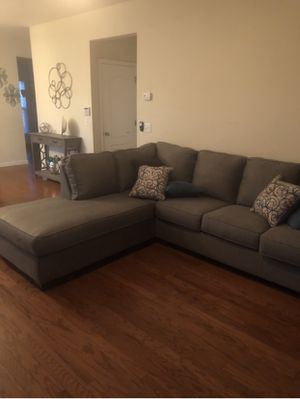 Gray sectional sofa for Sale in Marietta, GA