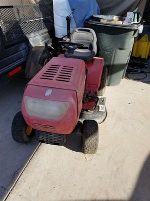Tractor para cortar pasto for Sale in Glendale, AZ