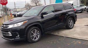 2018 Toyota Highlander for Sale in Freeport, NY