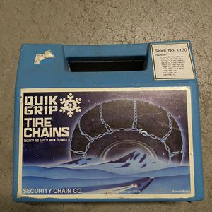 Like New Snow Tire Cable chains (set of two) for Sale in San Diego, CA