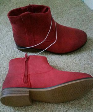Girl youth boots for Sale in Fountain Valley, CA