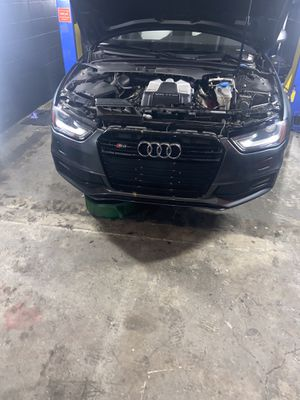 2015 Audi S4 PARTOUT/FOR PARTS ONLY for Sale in Pompano Beach, FL