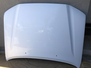 Toyota Tacoma factory hood 2005 - 2015 in good conditions genuine OEM parts for Sale in San Marcos, CA