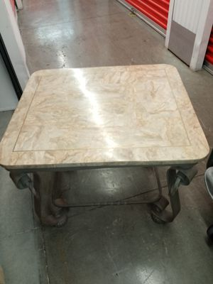 Coffee table and two end tables for Sale in College Park, GA