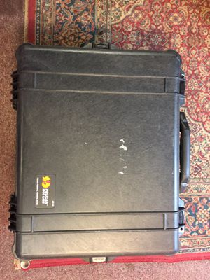 Pelican 1600 Transport Camera Case with Foam for Sale in Colchester, CT