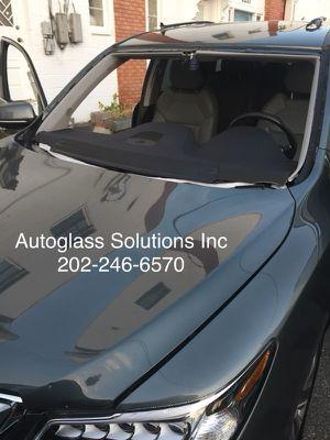 Windshield _Parabrisas_Autoglass for Sale in Germantown, MD