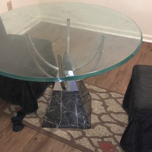 Glass Kitchen Table w/ 2 Chairs for Sale in Chesapeake, VA