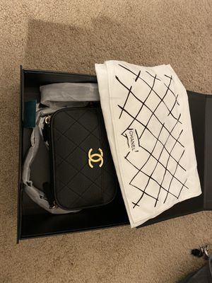 Chanel crossbody belt bag for Sale in San Jose, CA