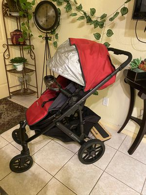 $1200 Value Uppababy Stroller W/Extra for Sale in Moreno Valley, CA