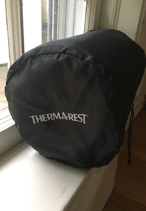 Therm-a-rest Trail Scout Self-inflating Sleeping Pad for Sale in Alexandria, VA