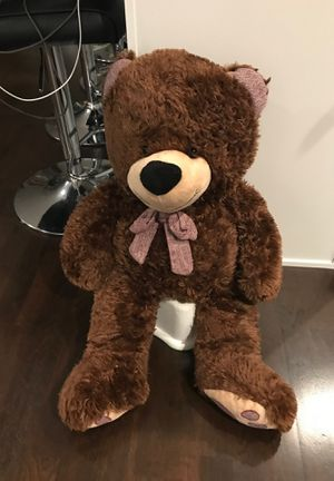 Large brown teddy bear plush toy for Sale in Schaumburg, IL