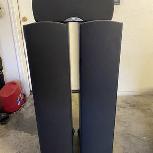 Klipsch Towers And Center Speakers for Sale in Goodyear, AZ