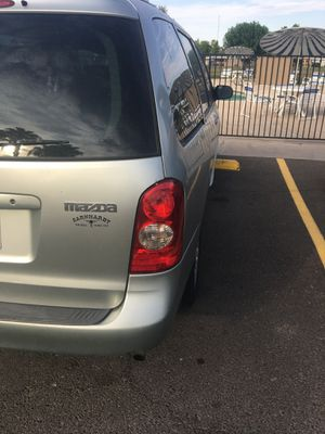 02 mazda mpv titulo limpio 177 millas for Sale in Glendale, AZ
