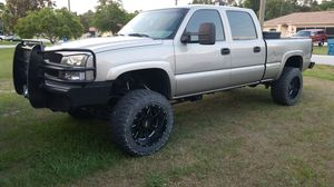 2003 1500hd 4x4 6.0l for Sale in Spring Hill, FL