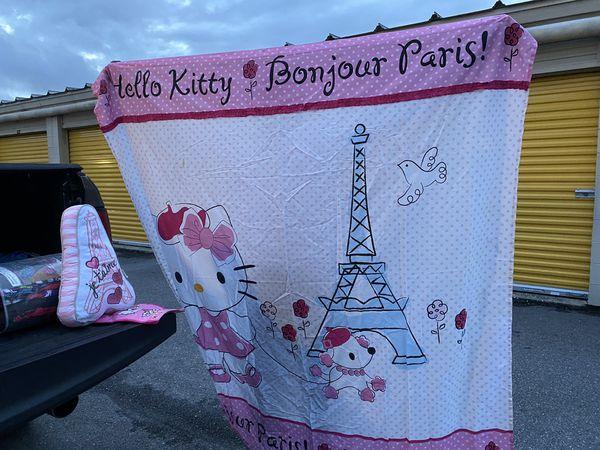 Hello kitty bath curtain a pillow Paris