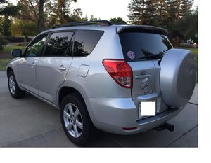 EXTRA CLEAN 2OO7 Toyota RAV4 Limited 2.4L 4WDWheels for Sale in Washington, DC