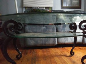 Tooth pain coffee table for Sale in Nashville, TN