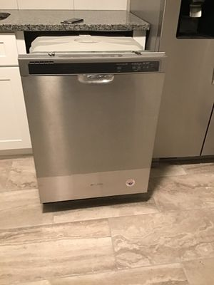 Brand new whirlpool dishwasher and fridgidaire microwave for Sale in Nashville, TN