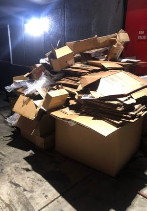 Free cardboard for Sale in Inglewood, CA