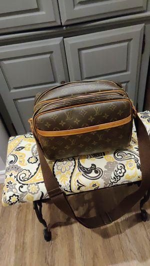 Louis Vuitton Pm bag for Sale in Lemon Grove, CA