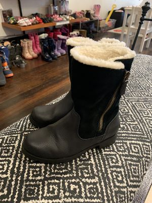 Sorel Girls Suede & Leather Winter Boots Size 1 for Sale in Seattle, WA