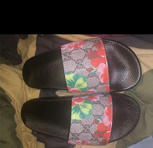 Gucci bloom sandals for Sale in Atlanta, GA