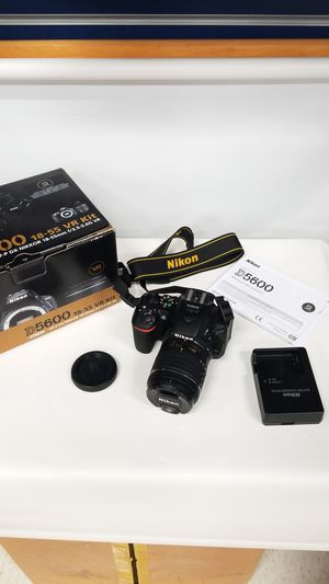 Nikon DSLR Camera with 18-55mm Lens (777746-1) for Sale in Tacoma, WA