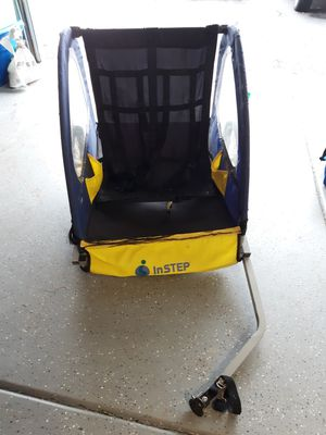 Instep bike trailer for Sale in Round Lake Heights, IL