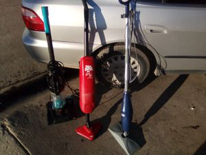 Dare devil stick vac plus,power force compact vacuum ,shark steam mop for Sale in Salinas, CA