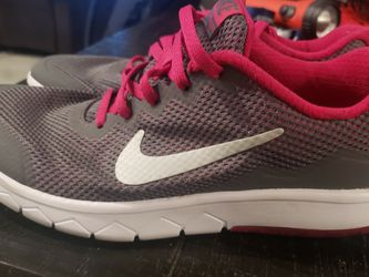 Nike Sneakers for Sale in Kissimmee,  FL