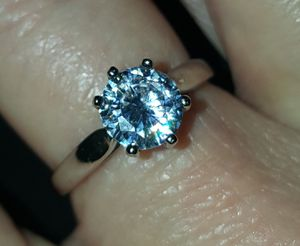 1ct cubic zirconia Sterling silver ring new for Sale in Carthage, MO