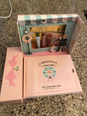 Too faced chocolate shop palette for Sale in Fontana, CA