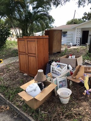 Free Items for Sale in St. Petersburg, FL