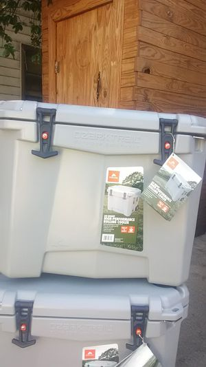 Ozark Trail Rolling Cooler for Sale in Fort Worth, TX