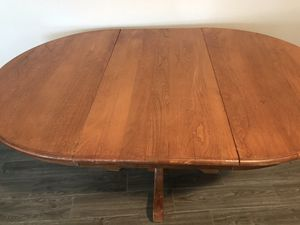 Table for Sale in Davenport, FL
