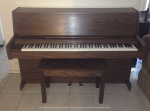 Upright piano for Sale in Las Vegas, NV