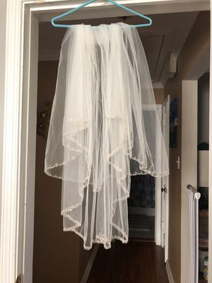 New wedding veil for Sale in Annandale, VA