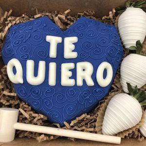 TE QUIERO BREAKABLE HEART BOX for Sale in Hialeah, FL