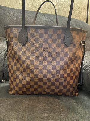 Louis Vuitton Neverfull MM for Sale in Pomona, CA