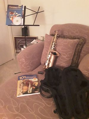 Alto Saxophone. Brand new! for Sale in Painesville, OH