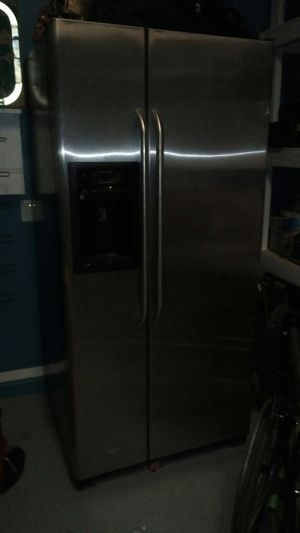 GE side by side stainless steel refrigerator $300 for Sale in Laveen Village, AZ