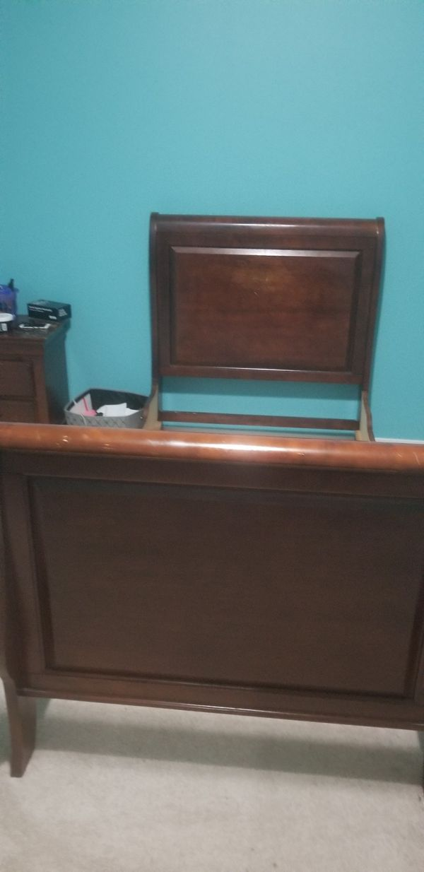 Twin sleigh bed with mattress box spring