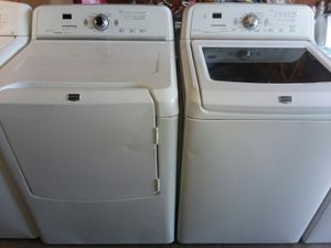 Maytag BRAVOS XL washer and electric dryer set 2016 for Sale in Fresno, CA