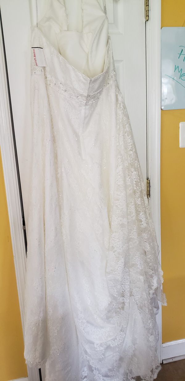 Size 16 David's Bridal Halter, beaded A-line wedding Dress, (fitted to a size 16) Never worn