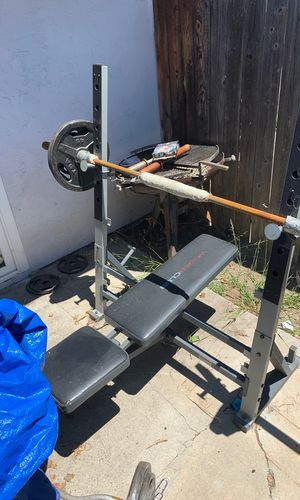 Bench and weights. Curl bar for Sale in Oceanside, CA