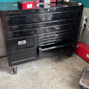 Snap On Box With Power Draw 10 Draw With Key Only 1 Year Old No Dents for Sale in Elmwood Park, NJ