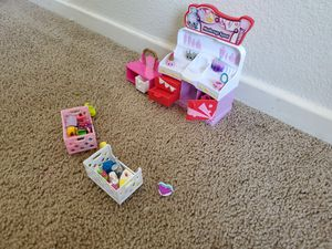 Makeup spot for Shopkins! So much fun! for Sale in Citrus Heights, CA