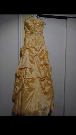 Quinceanera dress/sweet 16 dress for Sale in Orlando, FL