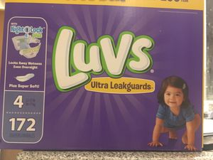 LUV'S NEWBORN PAMPERS for Sale in Union City, GA